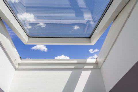 Pourquoi Faire Installer Sa Fenêtre De Toit Par Un Professionnel