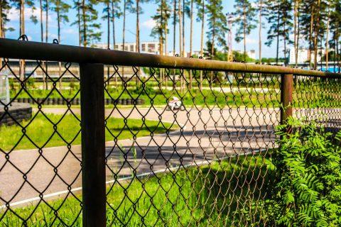Est-ce intéressant de choisir un grillage comme clôture ?